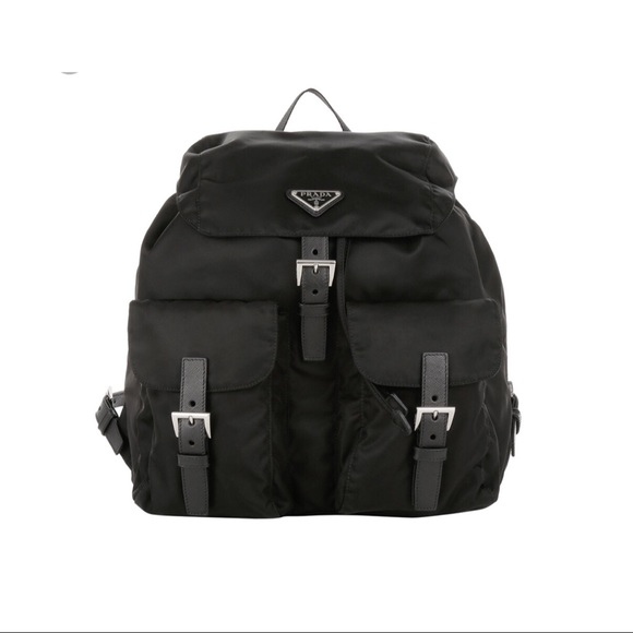 Vintage Prada Nylon Backpack. M 5a99966aa6e3ea6386d7cf4f 7d3d055932